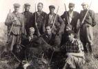 Z kolegami, trzeci z lewej stoi Antoni Mally.