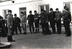 Polowanie na Lubczy, prowadzi Jan Boligłowa, pierwszy z lewej, rok 1970.